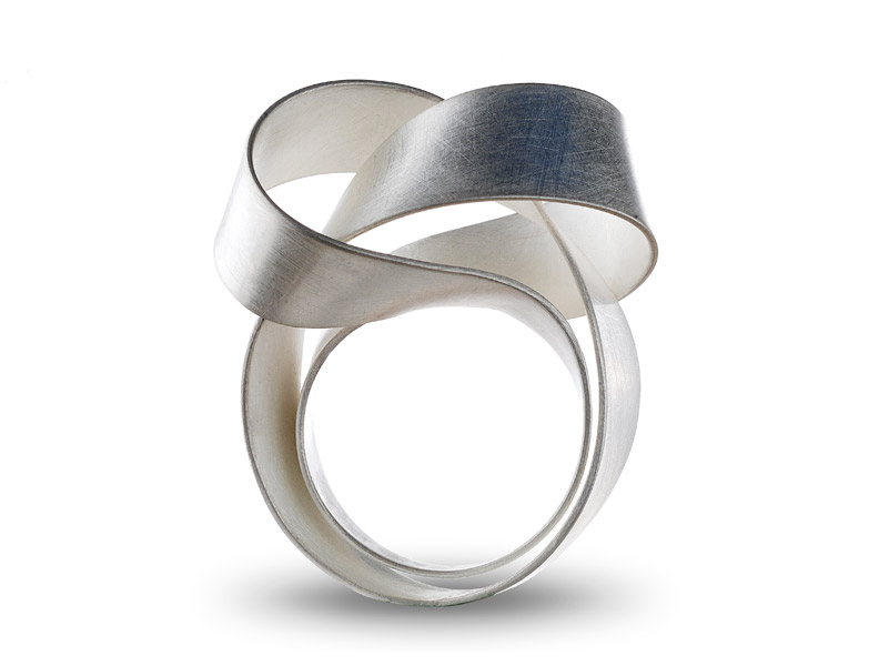 ORI ring, silver / TOP: U2-shape / see rotating video