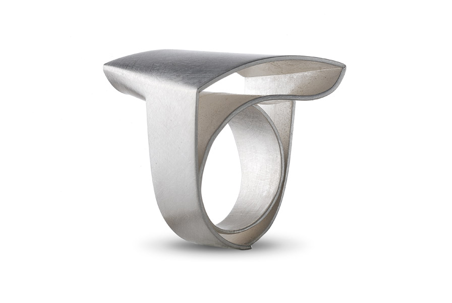 ORI ring, silver / Top: arced square / see rotating video