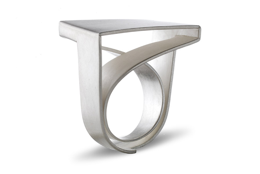 ORI ring, silver / Top: square-shaped / see rotating video