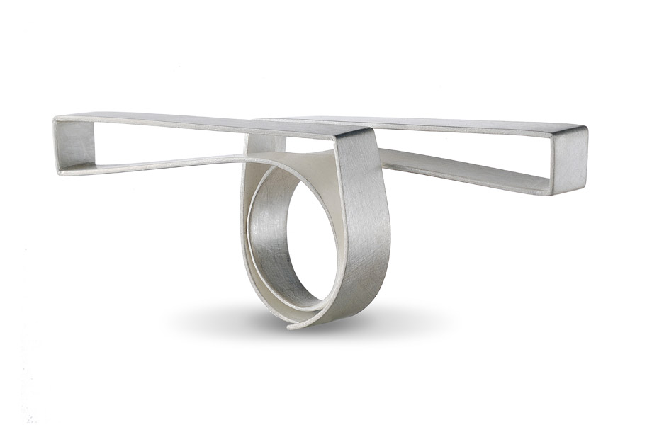 ORI ring silver / TOP: parallel bars / See VIDEOS for ORI in rotation