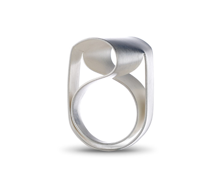 ORI ring, silver / TOP: rhombus-shape / see VIDEOS for ORI in rotation
