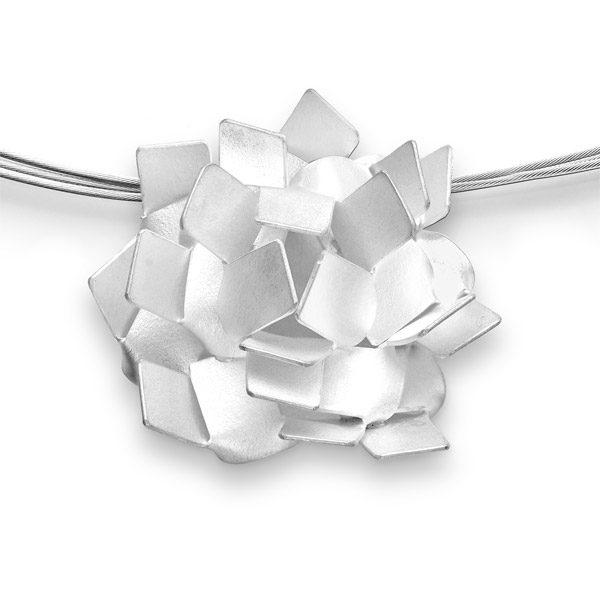 KIKU pendant silver: all kikus are handmade from one plate!