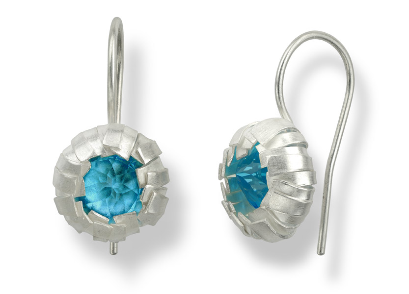 earrings KNOSPE in silver. Available with gemstones of your choice