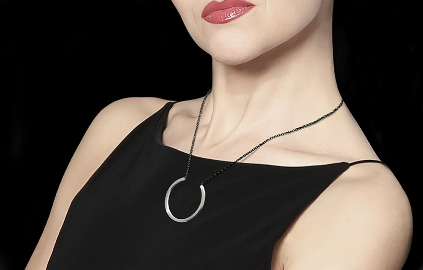 """LOOP """"C"""", pendant, silver"""