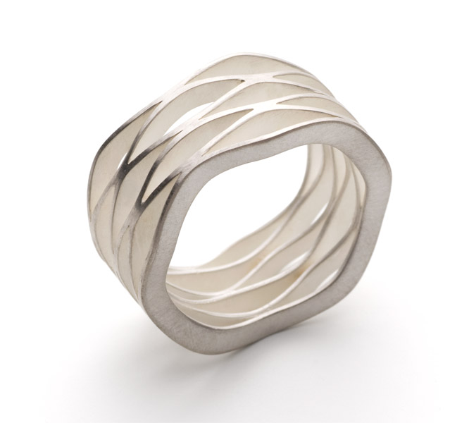 wave 6 ring silver