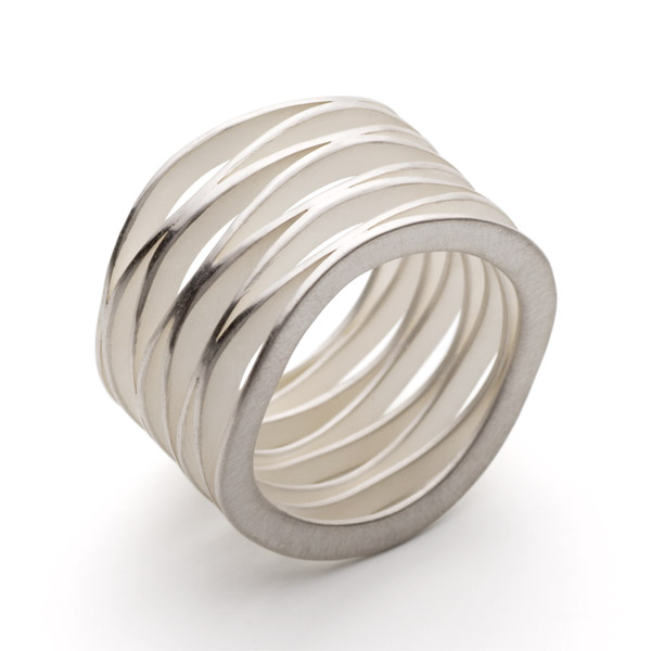 wave_8 ring silver